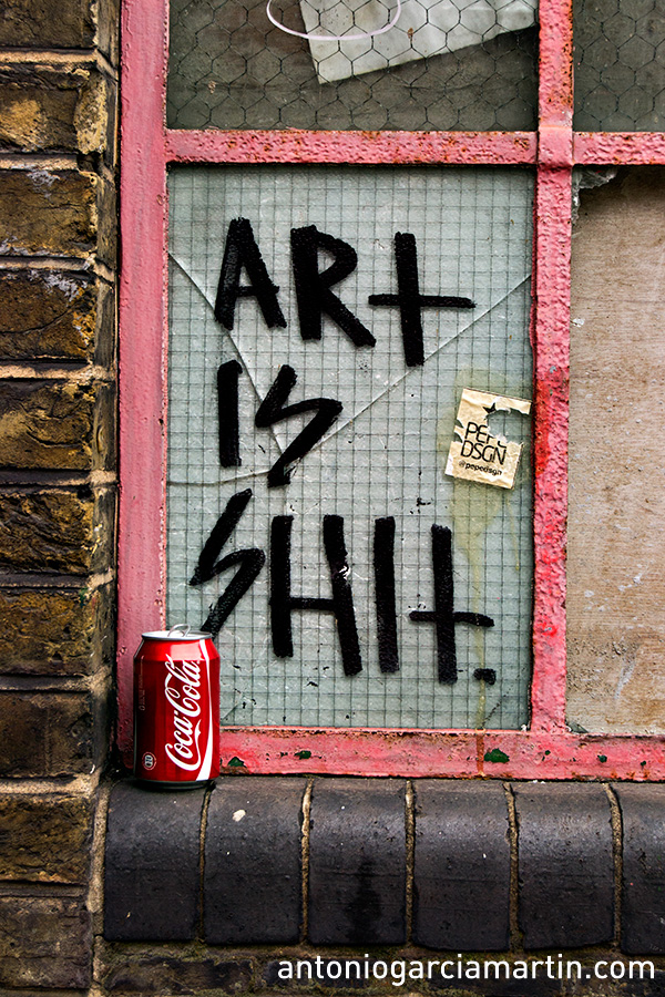 Art is shit - Coca Cola- Shoreditch - London - Street art