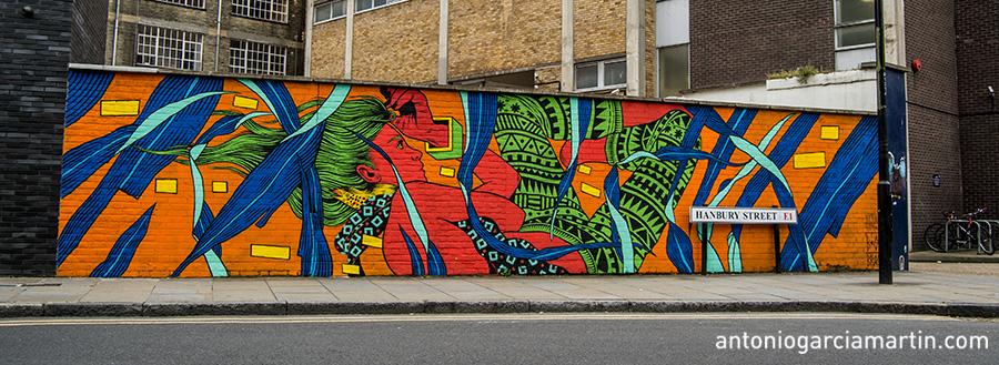 Mural by Bicicleta Sem Freio - Shoreditch - London